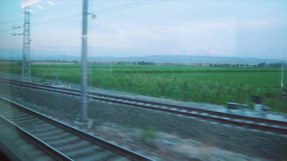 WICOS拍摄于火车上